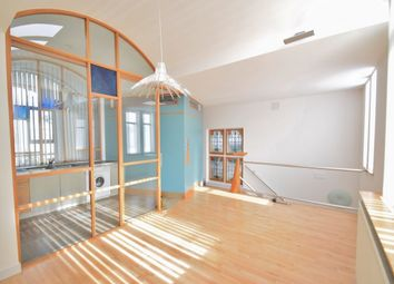 Thumbnail 2 bed flat to rent in Highfield Avenue, London