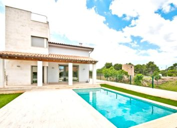 Thumbnail 4 bed villa for sale in Alcudia, Mallorca, Spain