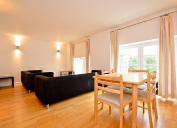Thumbnail 3 bed flat to rent in Enfield Road, Haggerston