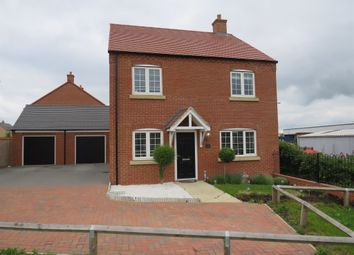 4 bed detached house for sale in Kelmarsh Avenue, Raunds, Wellingborough NN9