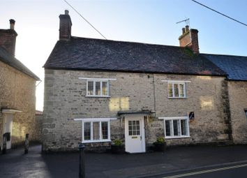 Thumbnail 3 bedroom cottage to rent in Castle Street, Mere, Warminster