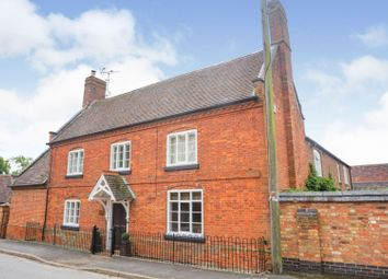 School Street, Rugby CV23. 4 bed property for sale
