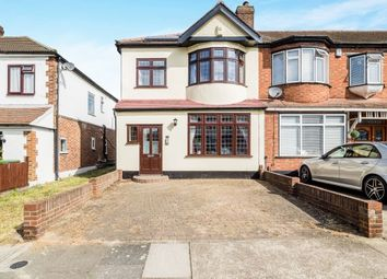 Thumbnail 3 bed property to rent in Woodfield Drive, Gidea Park