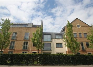 Thumbnail 2 bed flat to rent in Spur House, The Crescent, Maidenhead, Berkshire