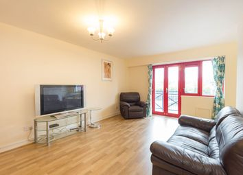 Thumbnail 3 bed flat to rent in Newlands Quay, Wapping