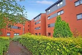 Thumbnail 2 bed flat to rent in Clarkston Road, New Cathcart, Glasgow