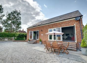 Thumbnail 3 bed cottage to rent in Park Farm Smallbridge Road, Horsmonden