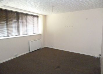 Thumbnail 2 bedroom flat to rent in High Street, Margate
