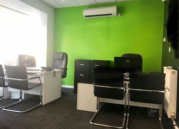Thumbnail Property to rent in Turners Hill, Cheshunt, Waltham Cross