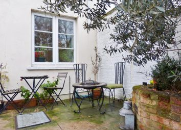 2 bed maisonette for sale in Hampton Court Road, East Molesey KT8