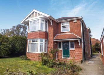 Thumbnail 3 bed property to rent in Longwood Avenue, Cowplain, Waterlooville