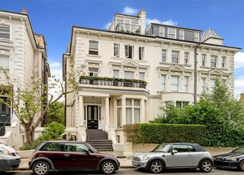 Thumbnail 3 bed flat for sale in Belsize Grove, London