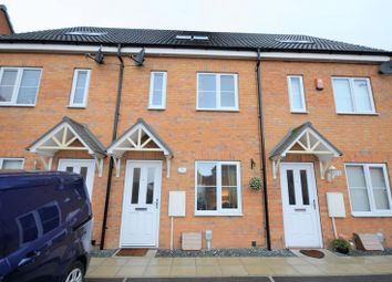Thumbnail 3 bed town house for sale in 9 Brockwell Park, Kingswood, Hull