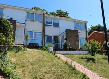 2 bed maisonette to rent in Valley Fields Crescent, Enfield, Middlesex EN2