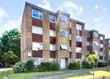 1 bed flat for sale in Stourton Avenue, Hanworth, Feltham TW13