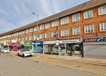 3 bed flat for sale in Tolworth Broadway, Surbiton KT6