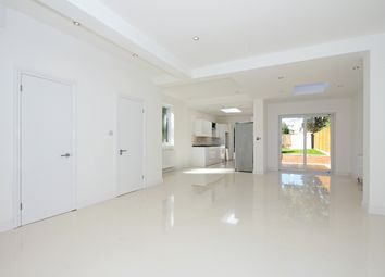 Thumbnail 5 bed detached house to rent in Holly Park, Finchley