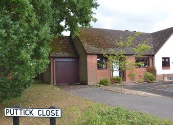Puttick Close, Storrington, West Sussex RH20. 2 bed detached bungalow