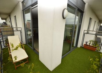 Thumbnail 2 bed flat for sale in Sutton Park Road, Sutton