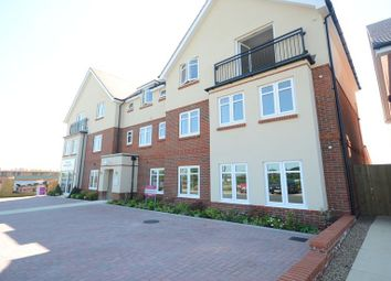 Thumbnail 2 bedroom flat to rent in Louden Square, Earley, Reading