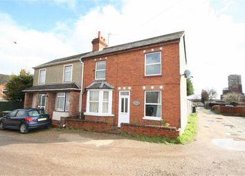 Thumbnail 2 bedroom semi-detached house to rent in Gordon Road, Newbury
