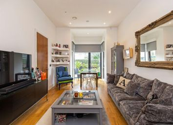 Thumbnail 2 bed property for sale in Fairmont Mews, Childs Hill