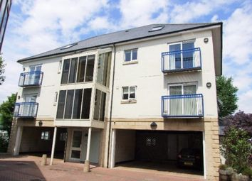Thumbnail 2 bed flat to rent in Crescent Avenue, Plymouth
