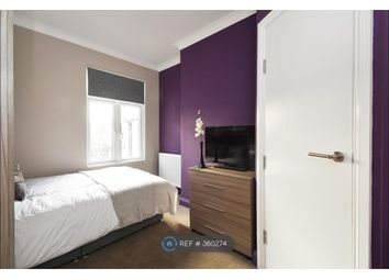 Thumbnail Room to rent in Graham Road, Harrow