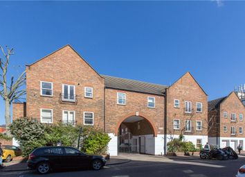 Thumbnail 1 bed flat to rent in Liberty Mews, Malwood Road, Clapham South, London