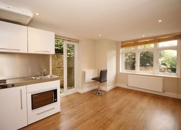 Thumbnail Studio to rent in Preston Close, Twickenham