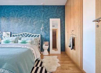 Thumbnail 4 bed apartment for sale in Spain, Andalucía, Málaga, Fuengirola