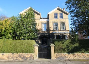 3 bed flat for sale in Oriel House, Oriel Crescent, Scarborough, North Yorkshire YO11