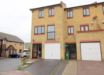 Thumbnail 4 bed property to rent in Clayfields, Peacehaven