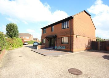 Thumbnail 1 bed flat to rent in Holmlea Road, Datchet, Slough