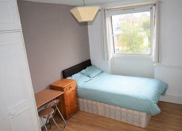 Thumbnail Room to rent in Ruston Street, Roman Road, Victoria Park, Bow