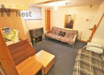 Thumbnail 4 bedroom terraced house to rent in Harold Mount, Hyde Park
