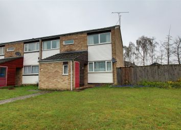 2 bed maisonette for sale in Wallace Close, Woodley, Reading, Berkshire RG5