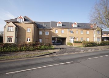 Thumbnail 2 bed flat for sale in Highway Avenue, Maidenhead
