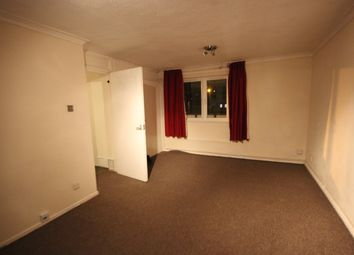 Thumbnail Flat to rent in Wiggins Mead, Colindale