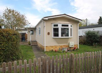 Thumbnail 2 bedroom mobile/park home for sale in Westhorpe Park, Westhorpe, Marlow