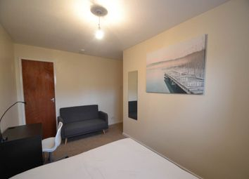 Thumbnail Room to rent in Dunsheath, Hollinswood, Telford
