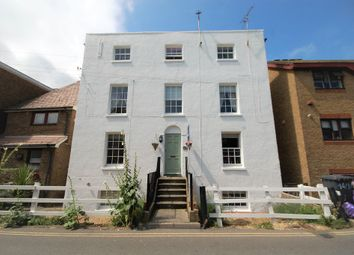 Thumbnail 1 bed flat for sale in Middle Wall, Whitstable