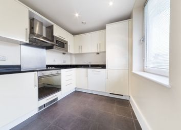 Thumbnail 2 bed flat to rent in Drayton Park, North London, London