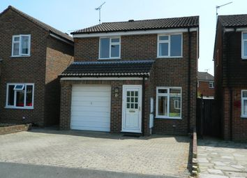 Thumbnail 3 bed property to rent in Brockhurst Close, Horsham