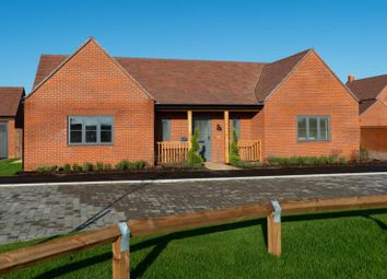 The Cotheridge, Hayfield Green, Stanton Harcourt OX29. 2 bed detached bungalow