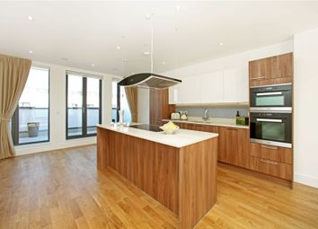Thumbnail 3 bed flat to rent in Fairmont Mews, Childs Hill