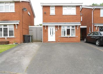 3 bed link detached house for sale in Padstow Close