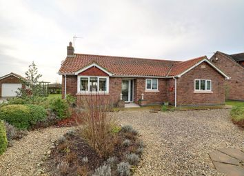 2 bed detached bungalow for sale in Brigg Road, Messingham, Scunthorpe DN17