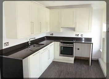 Thumbnail 1 bed flat to rent in 177 Hallgate, Cottingham