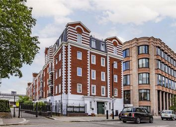 Thumbnail Flat for sale in Harewood Avenue, London